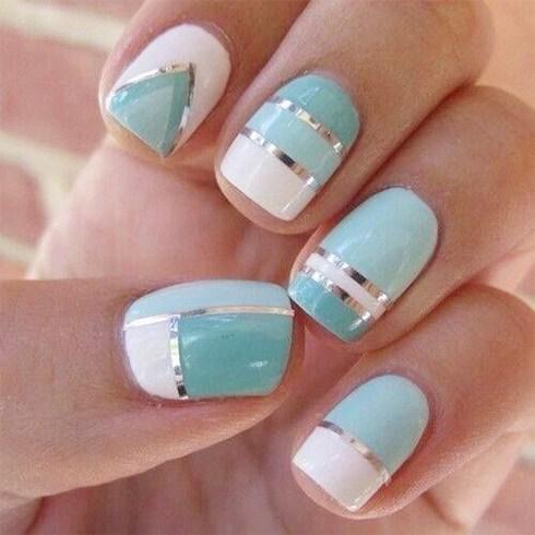 مدت زمان ماندگاری کاشت ناخن How long nail